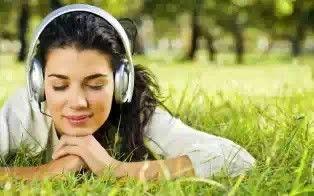 Suaramu Sumbang, Tapi Mau Bisa Nyanyi? Cobalah 5 Cara Ini