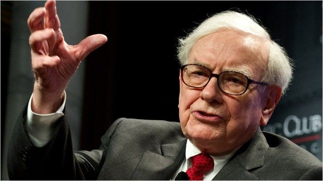 Wah, Warren Buffett Jual Sahamnya di Apple