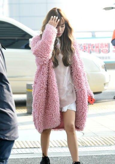 Kamu Suka Pink? Intip Fashion Style Tiffany SNSD, Yuk!