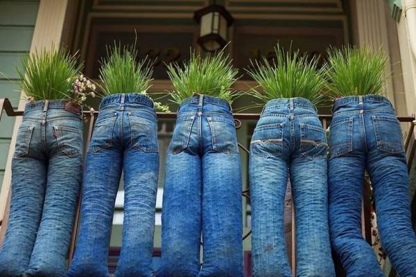 9 Ide Kreatif Pot Bunga dari Barang Bekas yang Bisa Kamu Coba d10d231dcc
