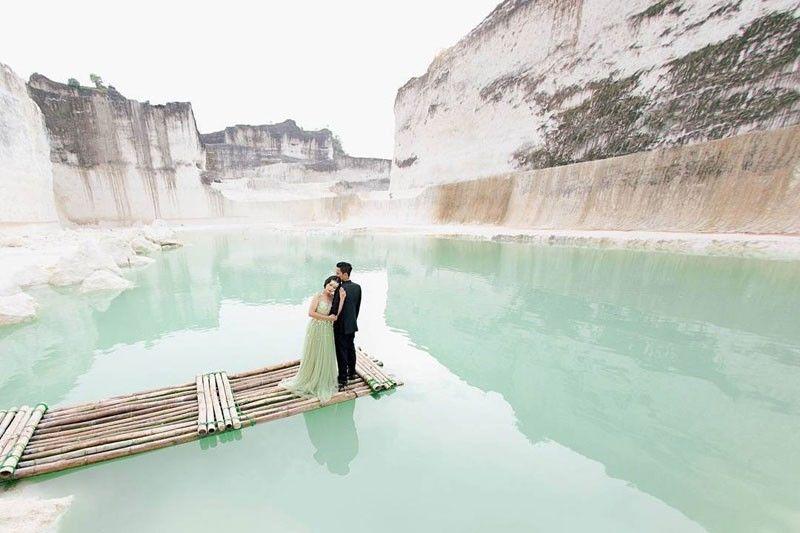 5 Wisata Bekas Tambang yang Keren Abis Buat Foto Pre Wedding