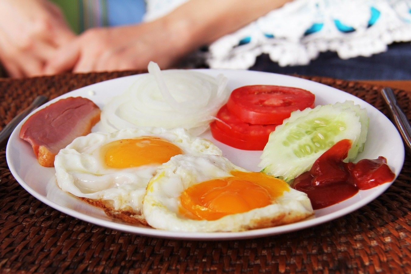 Makan Telur Gak Bikin Gemuk Lho, Nih 4 Fakta yang Perlu Kamu Tahu!