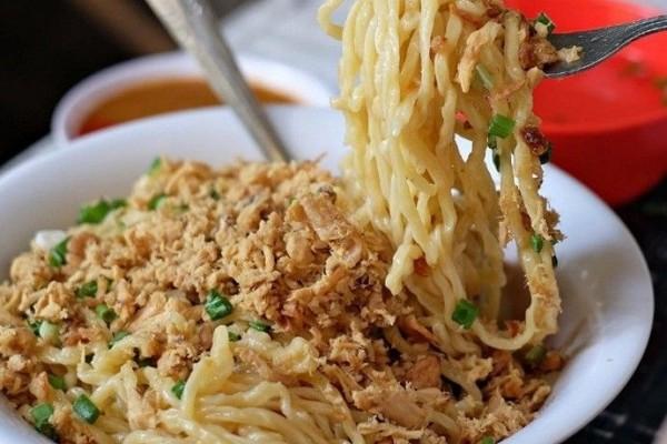 10 Tempat Makan Mi Ayam Enak Di Surabaya Harganya Cuma Rp 15 Ribuan