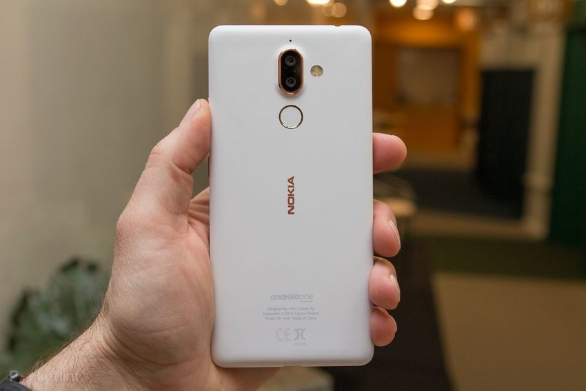 Nokia 7 Plus Ponsel Bodi Solid Dengan Kamera Zeiss Optic