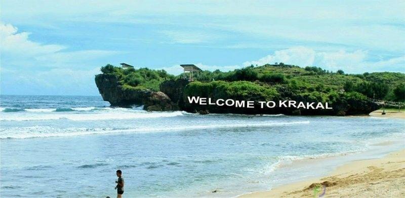 5 Rekomendasi Pantai Cantik di Jogja, Instagramable Banget!