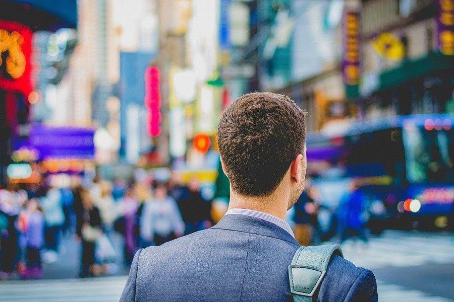 Tak Hanya Menabung, 5 Tips Ini Bisa buat Kita Sukses di Masa Muda