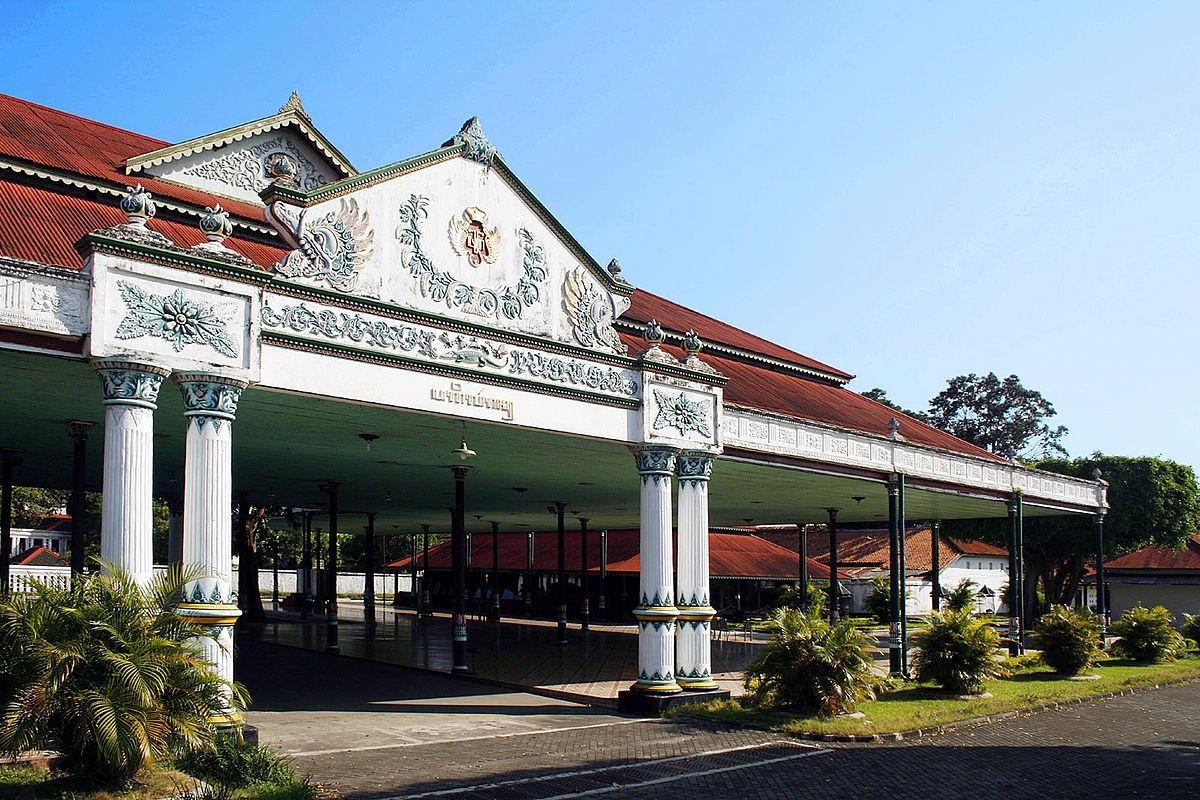 5 Istana Kerajaan di Indonesia yang Bisa Kamu Kunjungi
