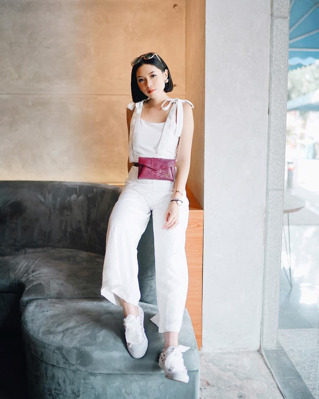 8 Ide Mix & Match Jumpsuit ala Fashion Influencer Olivia Lazuardy