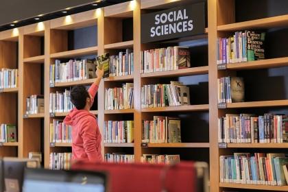 Perpustakaan di Zambia Larang Pengunjung Berpakaian Mini