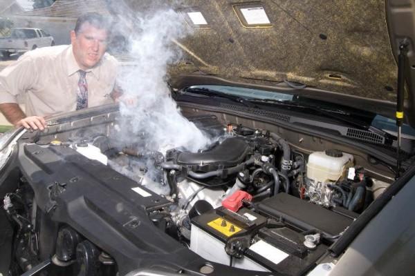 Cegah Mesin Mobil Overheat, Jangan Abaikan 3 Hal Ini