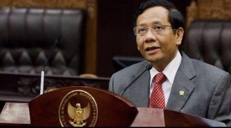 Setting-an Jokowi Boncengi Mahfud Itu Akhirnya Hanya Tinggal Mimpi