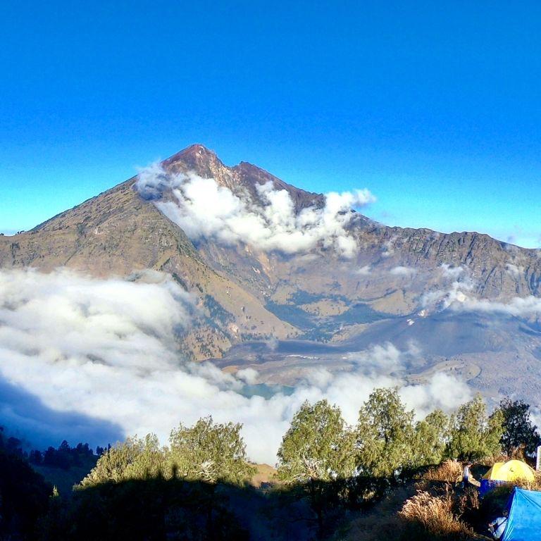 Jadi Pusat Gempa Lombok, Inilah 8 Fakta Gunung Rinjani