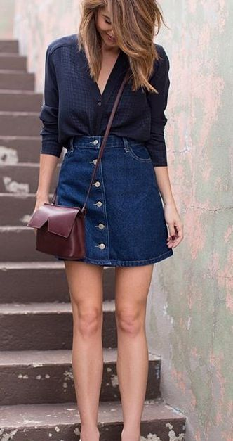 8 Mix and Match Denim Skirts yang Buat Penampilanmu Makin Stylish!