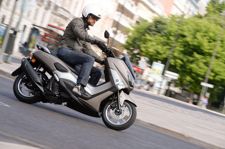 Terjual1.802 Unit Dalam 10 Hari, Honda ADV 150 Ancam Eksistensi NMAX?