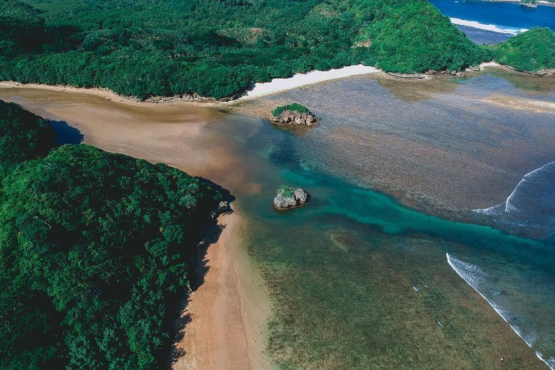 10 Potret Teluk Asmara Malang yang Bikin Kamu Jatuh Hati