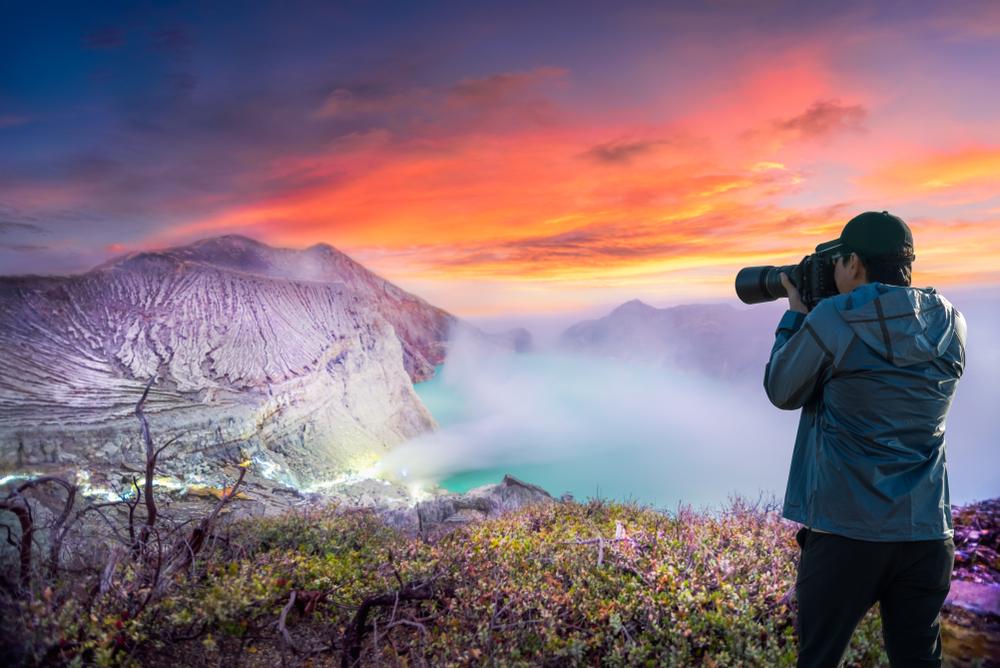 5 Spot Terbaik Melihat Sunrise Di Jawa Timur, Mempesona!