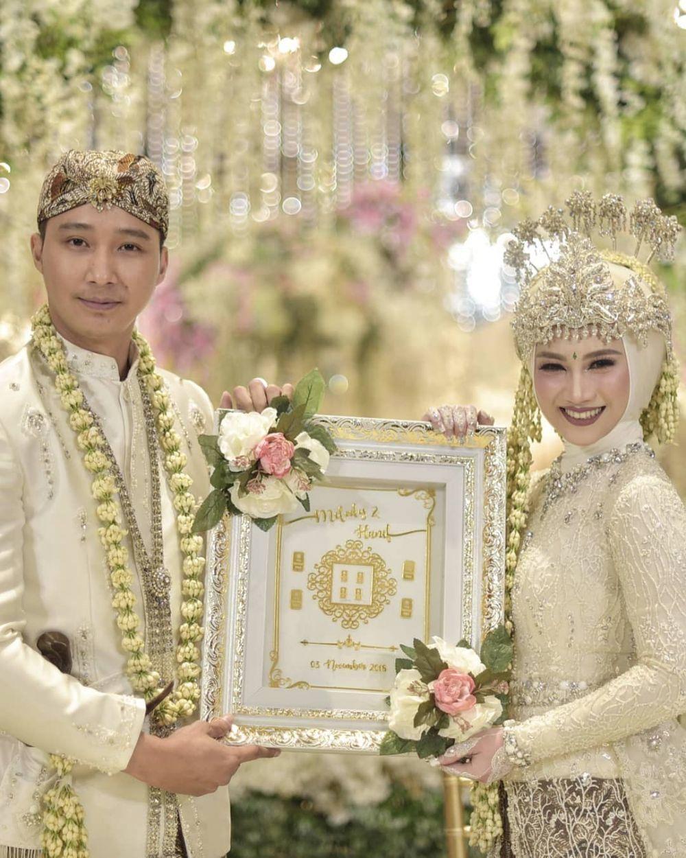 10 Pernikahan Artis Paling Fenomenal Sepanjang Tahun 2018