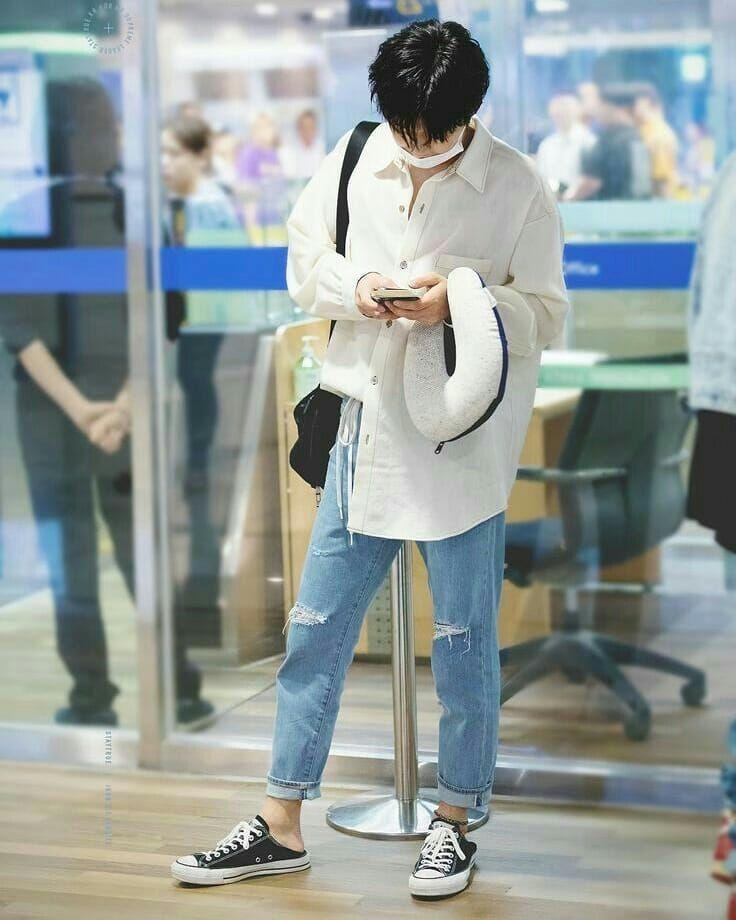 10 Airport Fashion ala BI iKON yang Swag dan Stylish, Bisa Ditiru Nih!