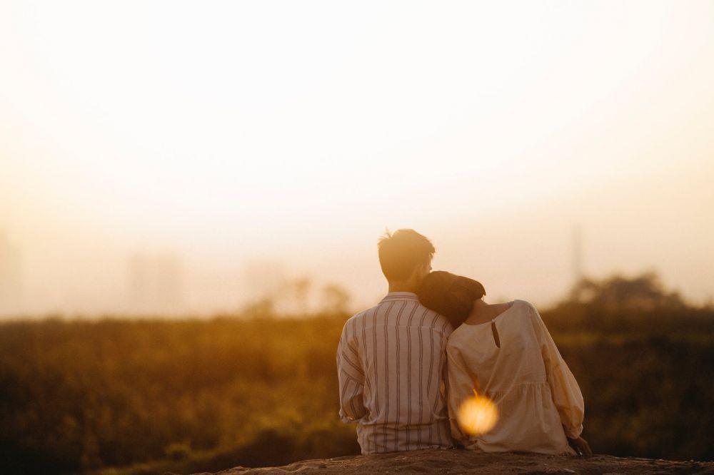 Terlalu Menggebu Saat Jatuh Cinta, Coba Renungkan 5 Hal Ini Dulu!