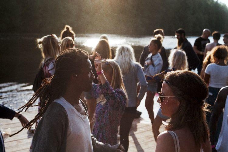 Gak Sulit, 6 Cara Efektif Menghadapi Orang yang Suka Bersikap Sombong