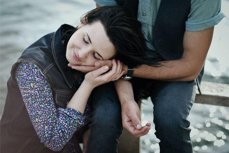 Saat Hubungan Mulai Renggang, Segera Benahi dengan 5 Cara Ini!