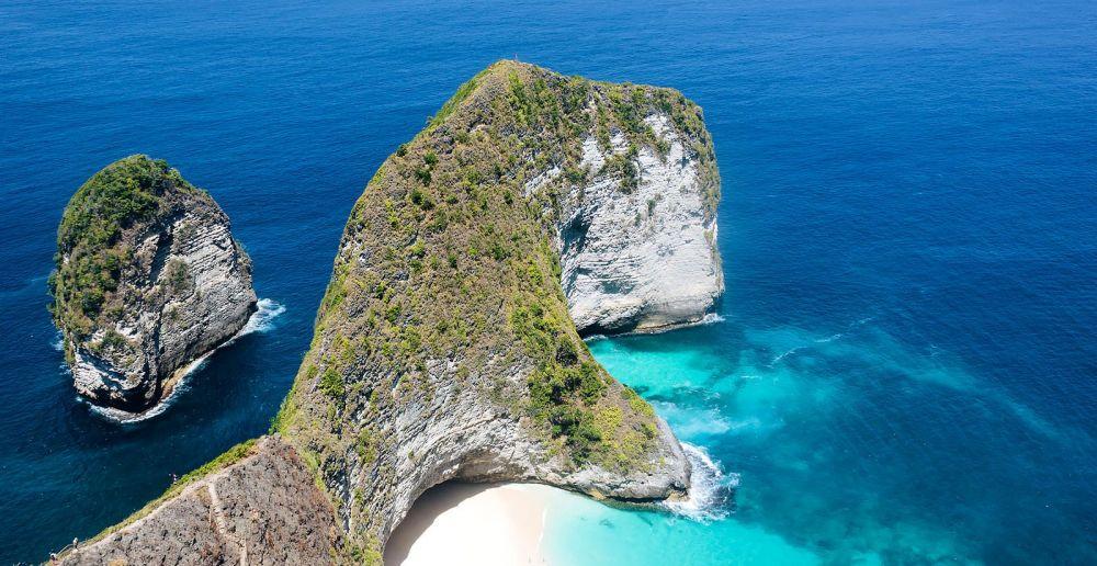 10 Pantai Populer di Indonesia Menurut Travelers' Choice Awards 2019