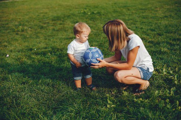 6 Tips Parenting Rekomendasi WHO yang Bisa Dipraktikkan Selama PSBB