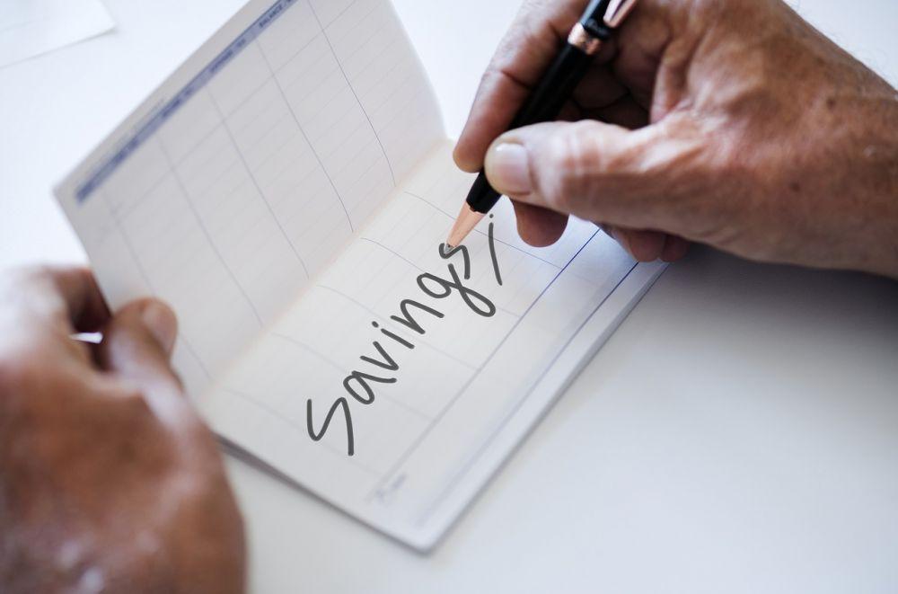 Walau Gaji Pas-pasan, Ini 5 Tips Mengatur Uang Biar Tetap Bisa Nabung
