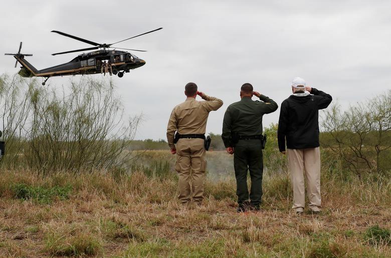 Usai Insiden Perbatasan AS-Meksiko, Trump Ancam Tambah Tenaga Militer