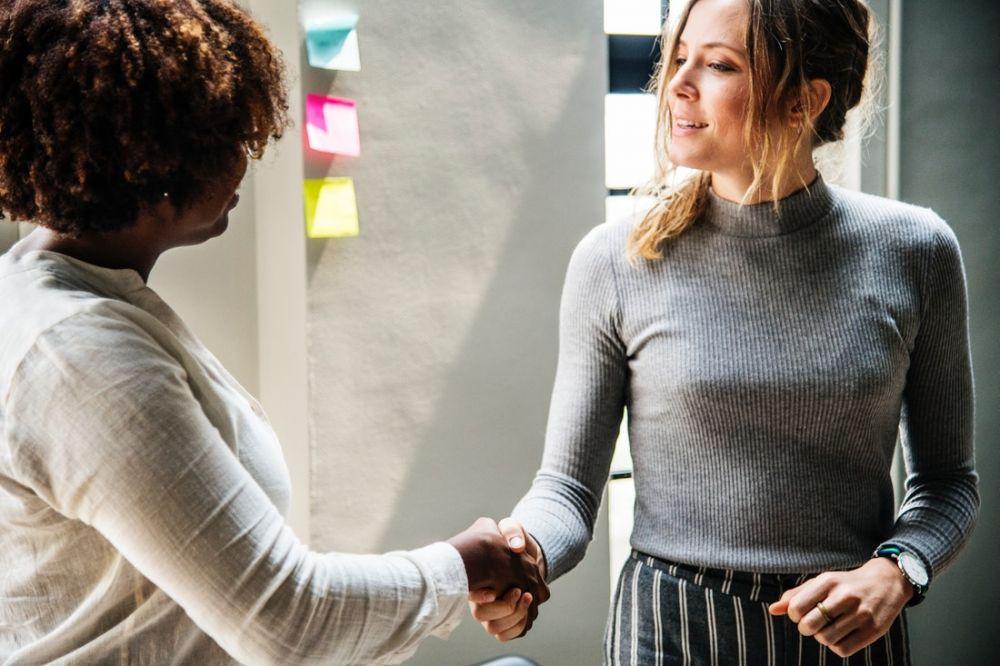 8 Cara Jadi Pemimpin yang Baik, Bukan Cuma Adil dan Bijaksana