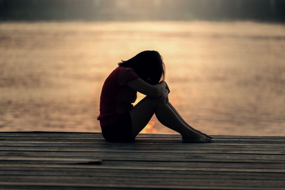 5 Hal Ini Sebabkan Orang Introvert Bisa Rentan Terkena Depresi