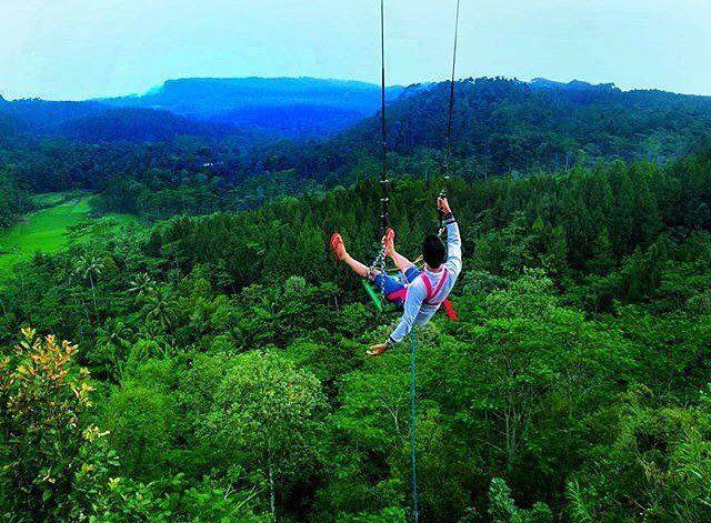 Rekomendasi 7 Wisata Langit di Indonesia yang Indah Banget!
