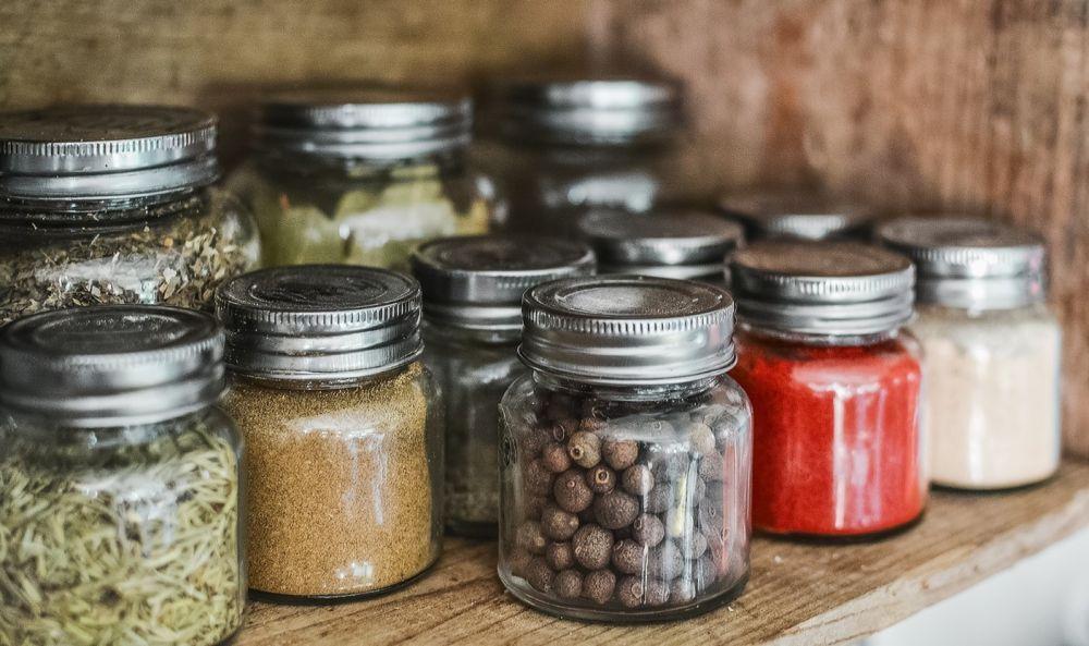 5 Tips Penting Menyimpan Rempah Dapur Agar Awet dan Tidak Busuk