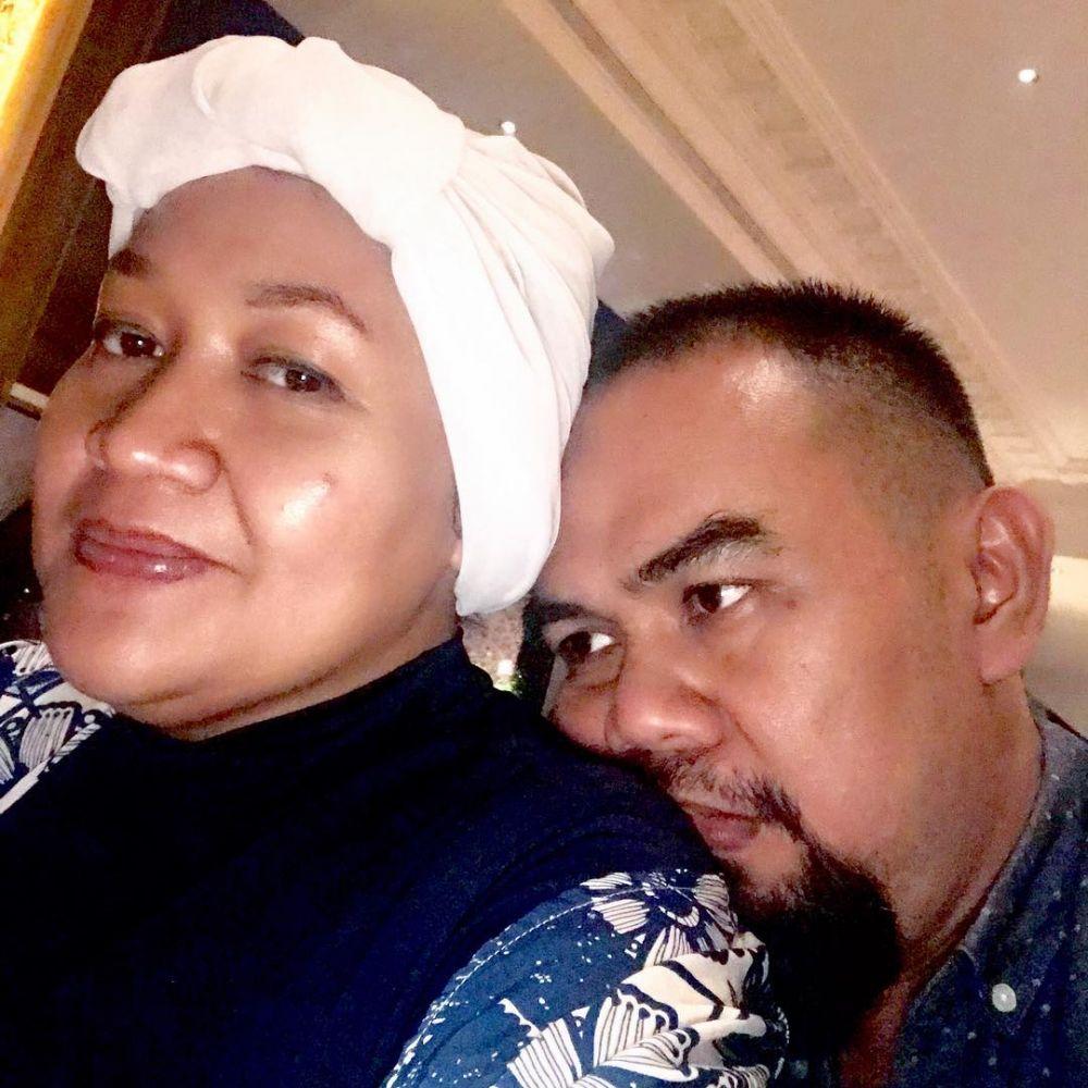 10 Potret Bahagia Keluarga Tike Priatnakusumah, Family Goals Nih!