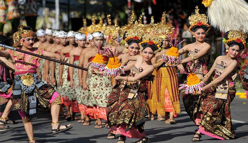 Pesta Kesenian di Bali, Presiden Jokowi Ditemani Keluarga Besarnya