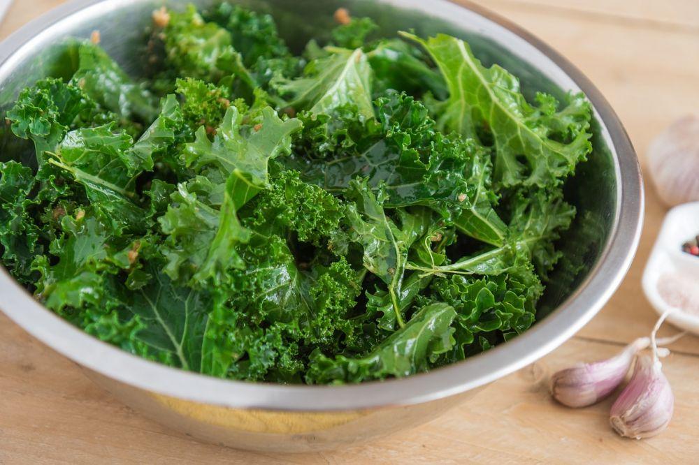 5 Khasiat Sayur Kale, Ampuh Menjaga Kesehatan Mulut Lho!