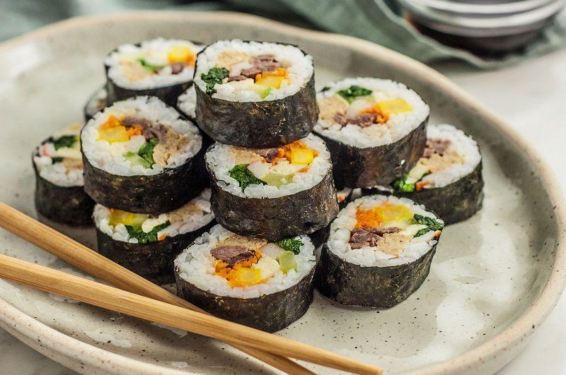 Ini Dia 5 Tips Mudah Membuat Sushi Rumahan, Dijamin Endeus!
