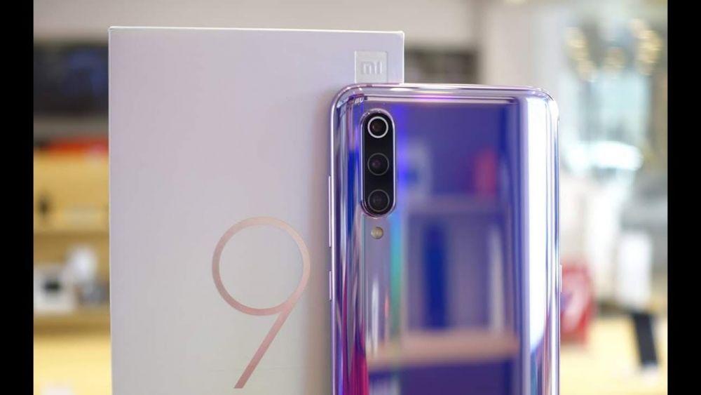 6 Smartphone Memukau Ini Cocok Buat Si Pecinta Warna Ungu, Elegan!
