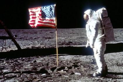 5 Bukti Nyata Manusia Pernah Mendarat Bulan, Tak Terbantahkan