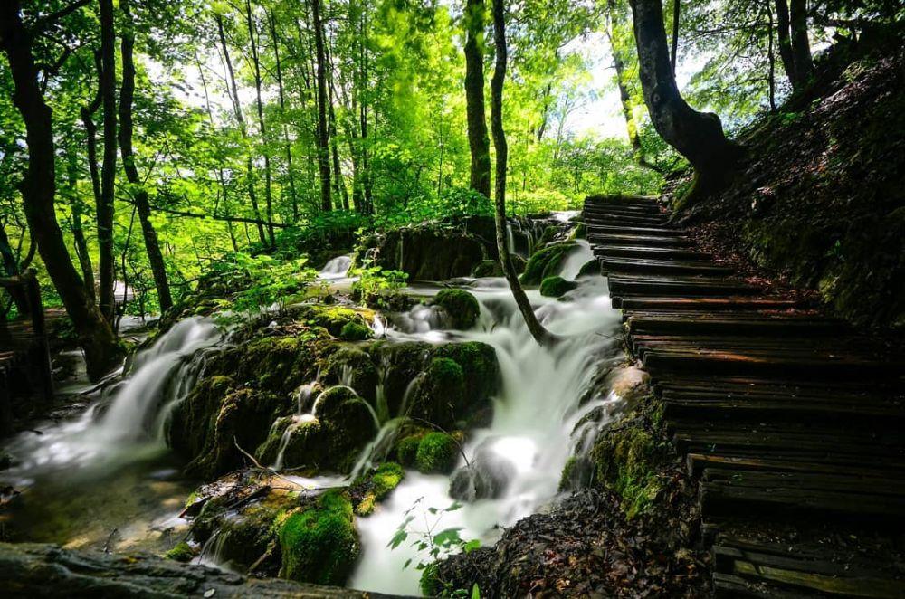 10 Pemandangan Eksotis Plitvice Lake, Danau Terindah di Kroasia