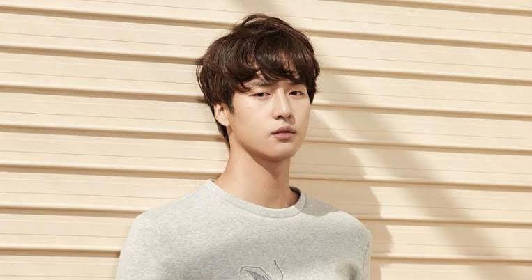 10 Potret Terbaru Yang Se Jong yang akan Comeback di Drama My Country