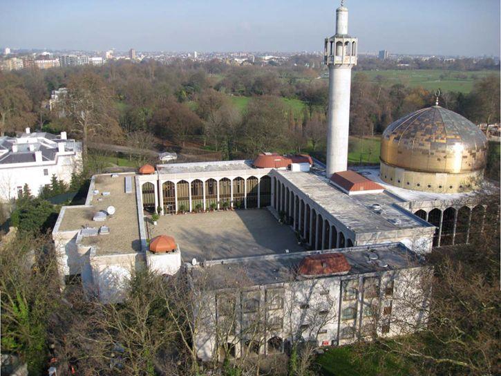 masjid central f70a4481310792f0b0a7947f80a5fa3f - Fakta Bangunan Klasik Masjid Central London yang Terkenal di Inggris