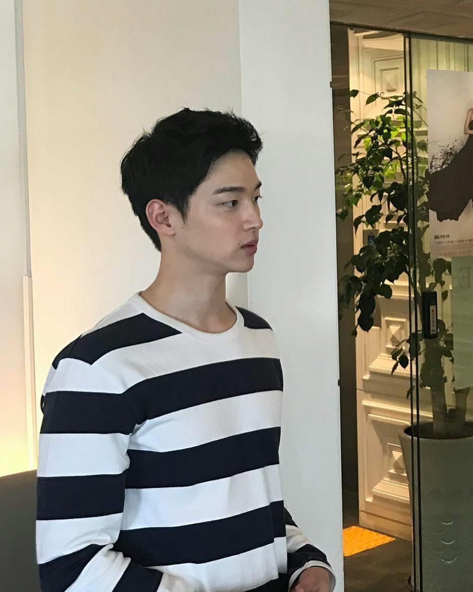 10 Potret Jang Dong Yoon, Lawan Main Kim So Hyun di The Tale of Nokdu