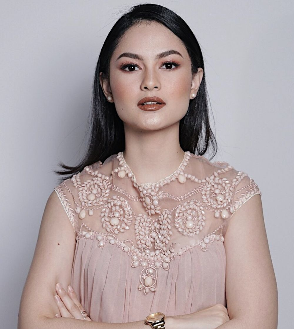 10 Pesona Clara Bernadeth, Model Video Klip Single Terbaru Band NOAH