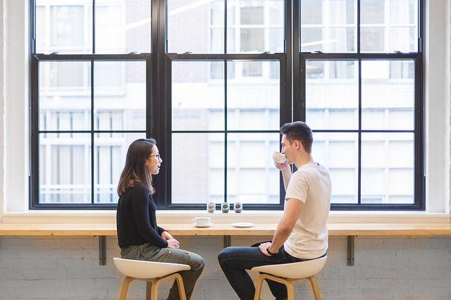 5 Kelebihan yang Cuma Dimiliki Cewek Introvert