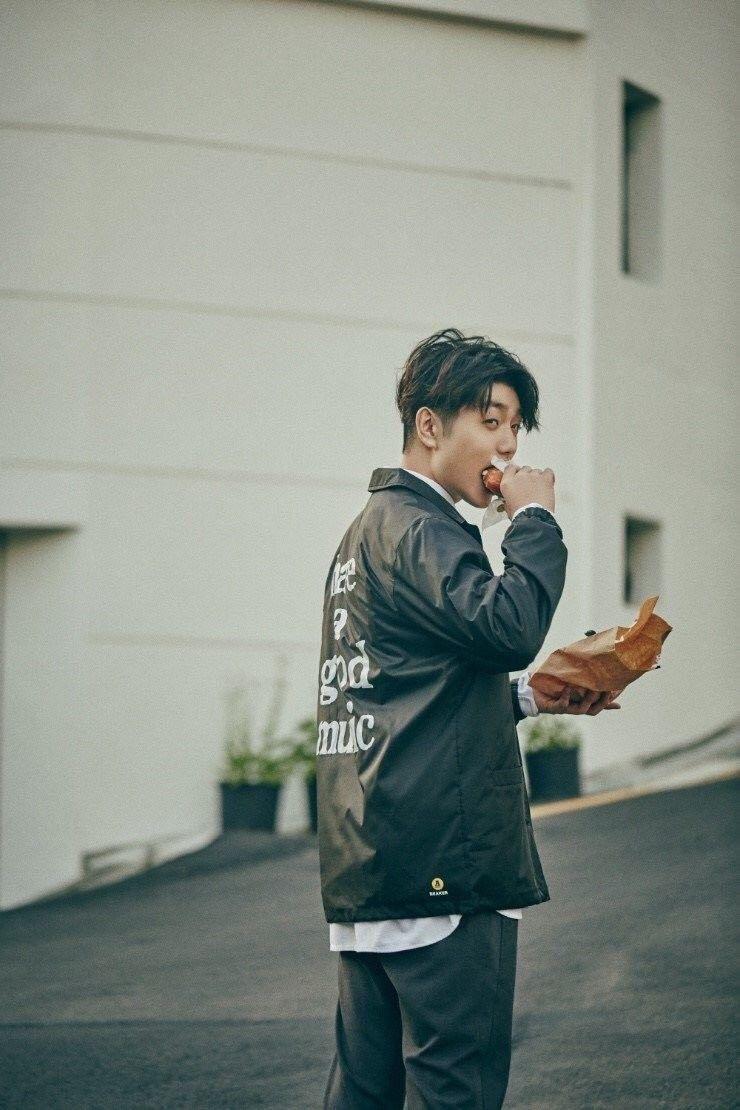 10 Fakta Sam Kim, Solois Muda Korea yang Bakat Musiknya Kece Abis!