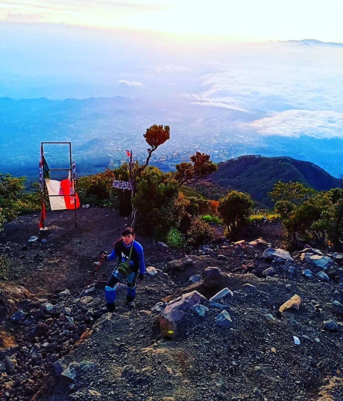 8 Hal yang Harus Kamu Tahu sebelum Naik Gunung Slamet via Bambangan