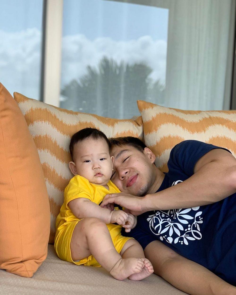 11 Potret Manis Marcus Fernaldi Bareng Putranya Jr, Bikin Gemes!