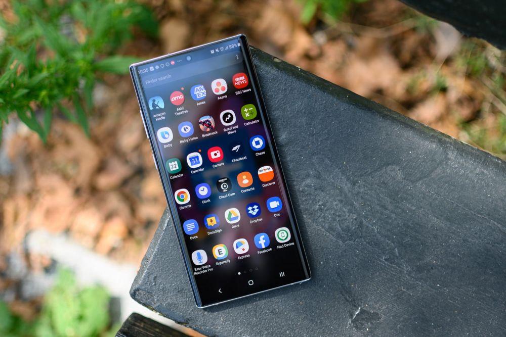 Hobi Swafoto? 7 Smartphone Android ini Punya Kamera Depan Kece!