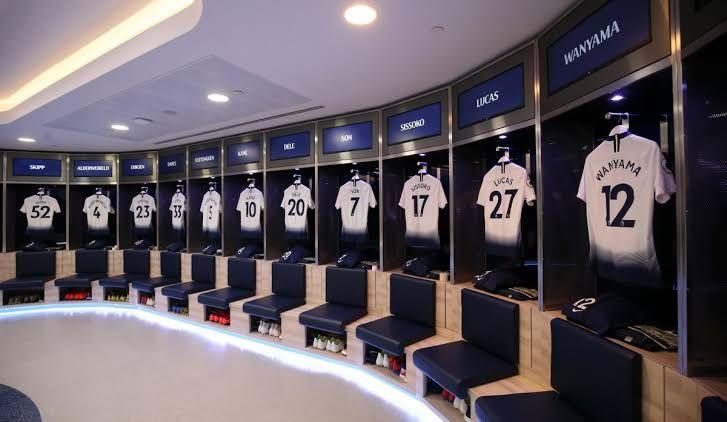 Megah Banget! Inilah 10 Potret Ruang Ganti Klub Elite Sepak Bola Dunia